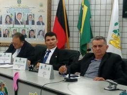 Câmara de Santa Terezinha aprova as contas do ex-prefeito Arimatéia Camboim