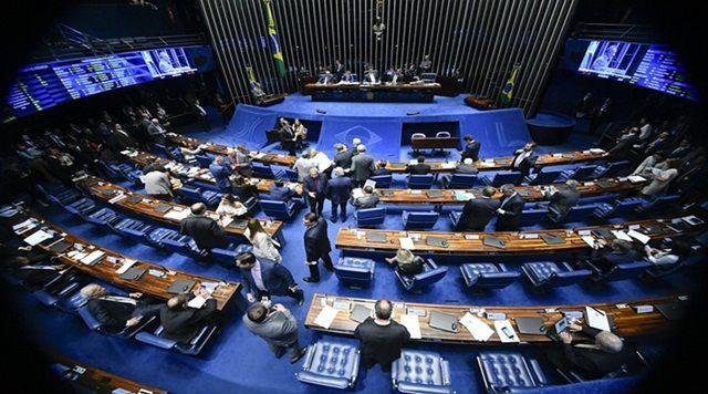 Senado aprova proposta para derrubar decretos das armas; texto vai à Câmara