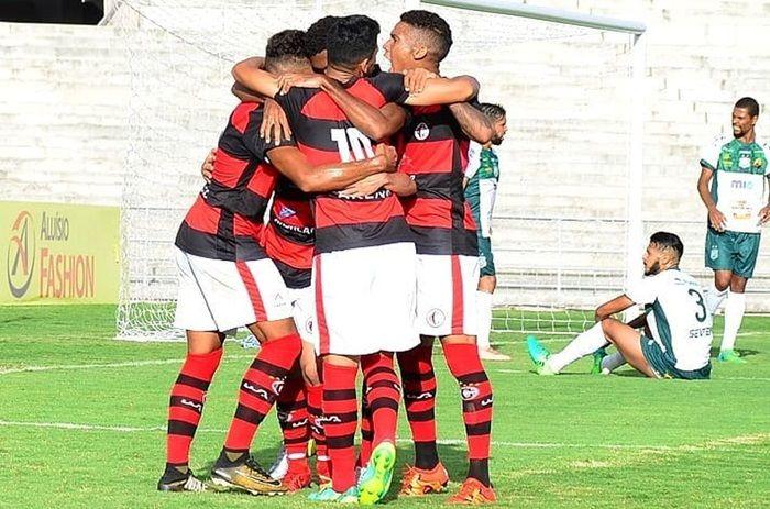 De virada, Campinense vence Nacional de Patos em casa e conquista a primeira vitória no Paraibano