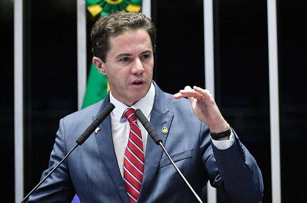 DERRUBADA DAS ARMAS: Senadores escolhem Veneziano para relatar projetos que cancelem os efeitos do decreto de Bolsonaro