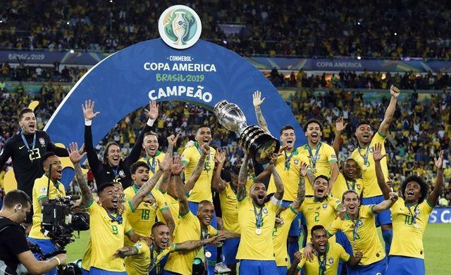 UMA POR DIA... Deu Brasil
