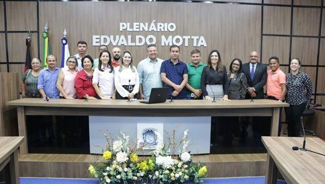 Vereadores, Prefeitos, Deputados e populações se unem para pedir soluções para os problemas da Saúde no Sertão da Paraíba