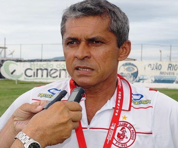 Marcos Nascimento é efetivado como técnico do Esporte de Patos
