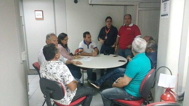 Prefeitura e BNB discutem apoio a bovinocultura leiteira em Patos