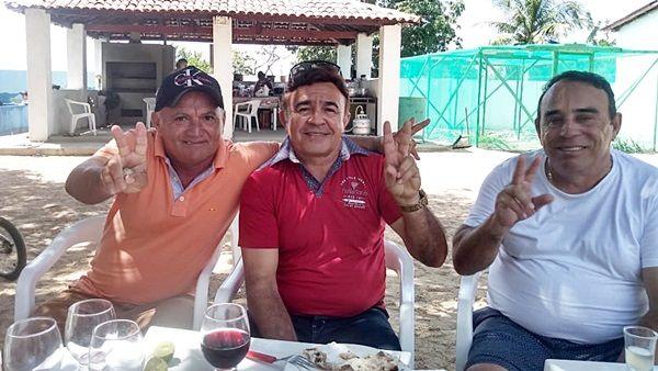 Ex-prefeito de Santa Terezinha-PB, Zé de Arimatéia, se reúne com vereador Pedro Sopa e encontro repercute na política do município