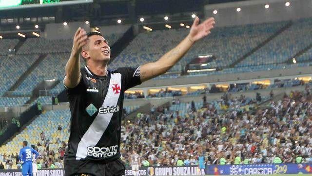 Em domingo de confusão no Maracanã, Vasco vence o Flu e é campeão da TG