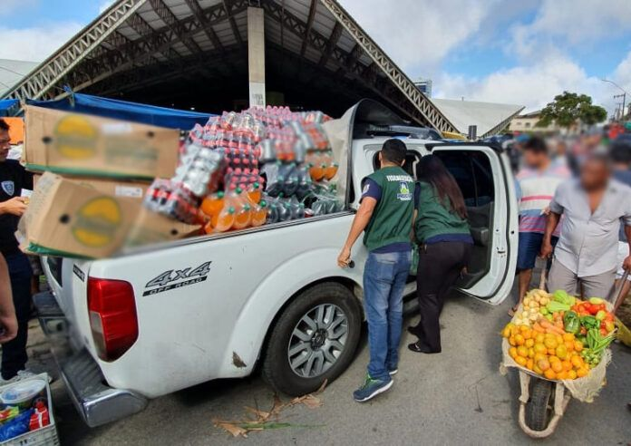 Mais de 6 t de produtos vencidos são apreendidas em Campina Grande