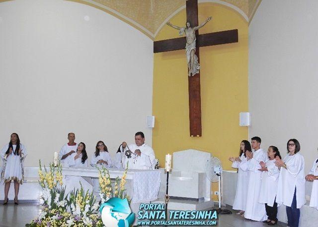 Católicos prestigiam a Abertura da Festa de Santa Teresinha; veja a Cobertura Fotográfica