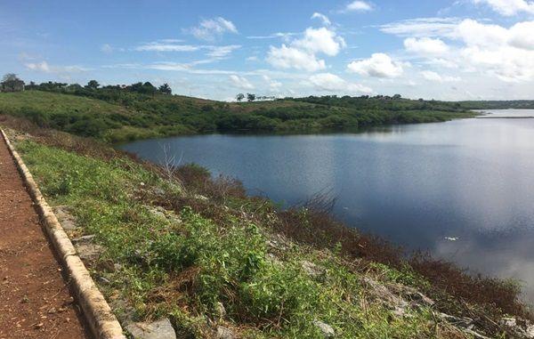 Governo e prefeitura estão recuperando Açude de Queimadas, em Santana dos Garrotes; veja fotos