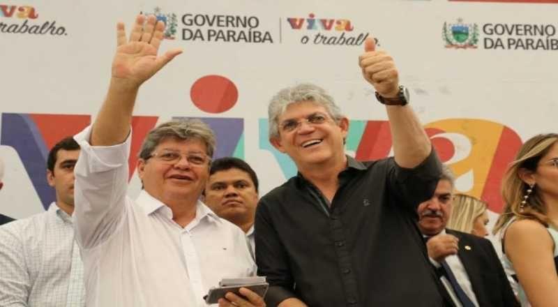 João prestigia em Brasília posse de Ricardo como presidente nacional de fundação do PSB