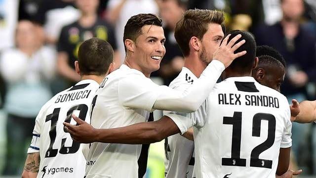 Juventus vence Fiorentina de virada e conquista o octacampeonato italiano