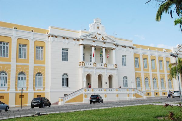 Políticos e sociedade se mobilizam para evitar fechamento de comarcas na Paraíba