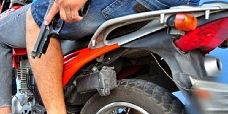 Bandidos fazem arrastão e levam celulares em unidade de saúde, na cidade de Santa Terezinha