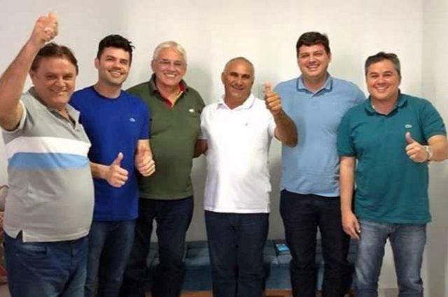 PSB sofre primeira baixa de prefeito após crise interna na PB