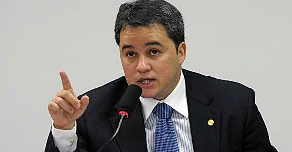 Efraim Filho defende isenção de impostos sobre o Diesel usado no transporte Público