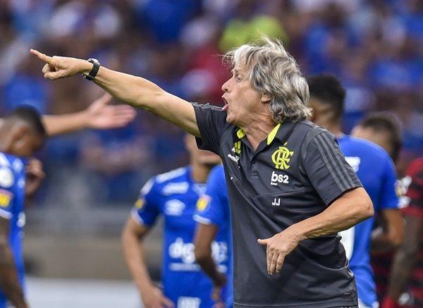 Jorge Jesus elogia vitória do Flamengo e reclama de convocados: \