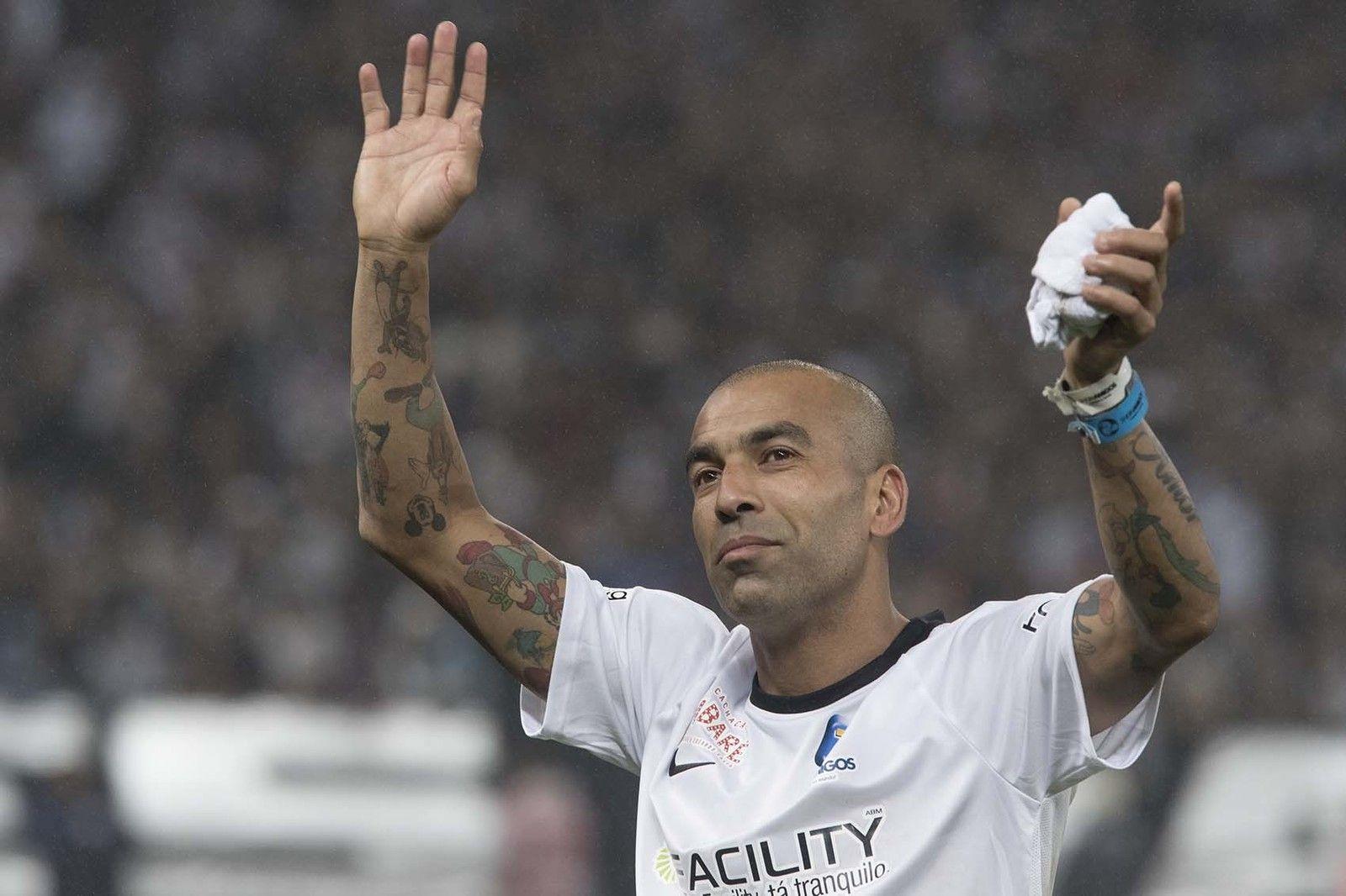 Emerson Sheik reúne campeões da Libertadores em despedida do Timão