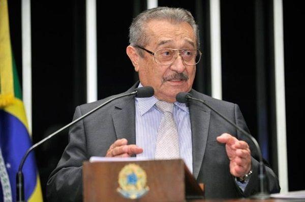 Maranhão não garante apoio a Renan Calheiros para presidência do Senado: \'indefinido\'