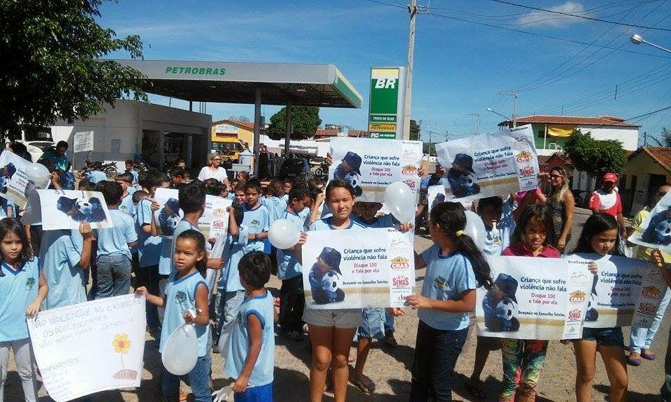 CORONEL EZEQUIEL realiza caminhada contra Violência e Abuso Sexual a Crianças e Adolescentes