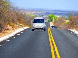 Ricardo inaugura 777 km de estradas em dois anos de gestão