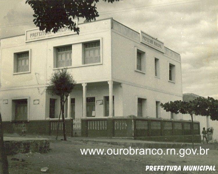 Prefeitura Municipal - Frente.jpg