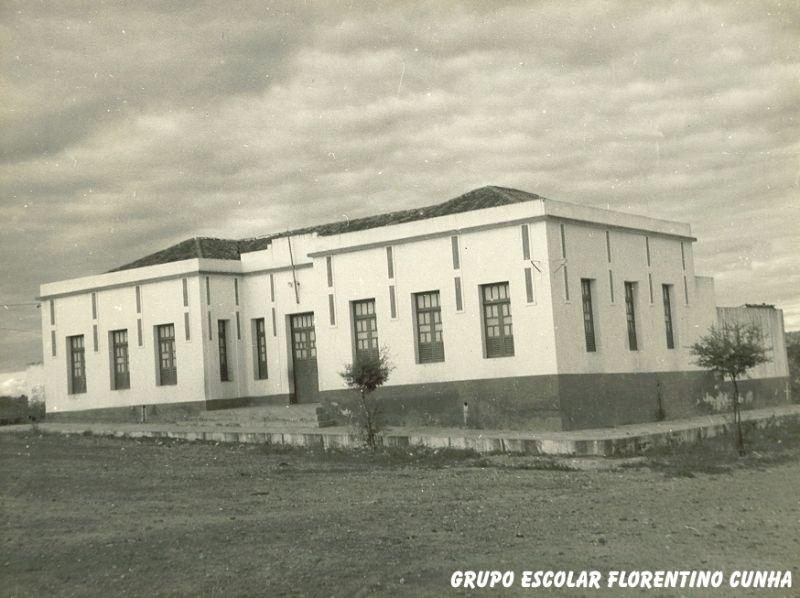 Grupo Escolar Florentino Cunha.jpg