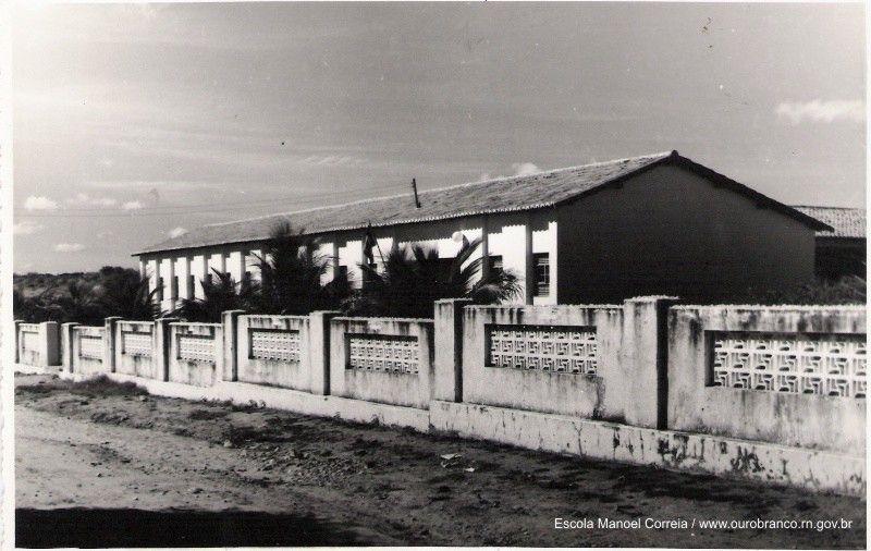 Escola Manoel Correia.jpg