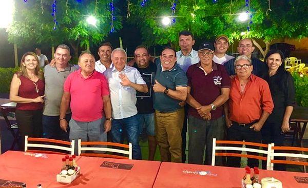 Oposição de Santa Terezinha se reúne para definir pré-candidato a prefeito no pleito de 2020